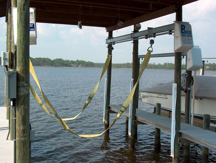 Dinghy lifts details bodole for Outboard motor lifting strap